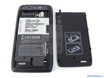 Battery compartment - Motorola DROID 4 Review