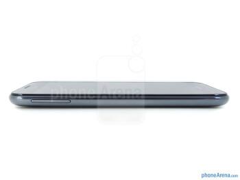 Volume rocker (left) - Samsung Galaxy Note LTE Review
