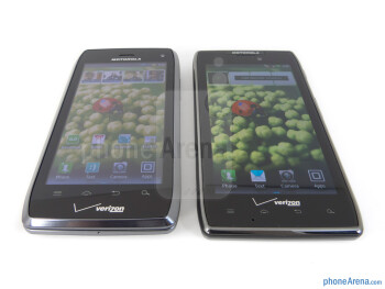 The Motorola DROID 4 (left) and the Motorola DROID RAZR MAXX (right) - Motorola DROID 4 vs Motorola DROID RAZR MAXX