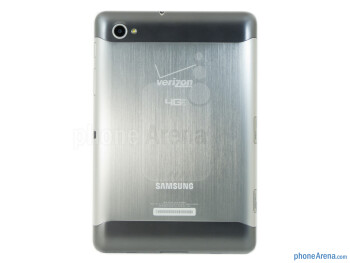 The Samsung Galaxy Tab 7.7 LTE has a stylish metallic body - Samsung Galaxy Tab 7.7 LTE Review