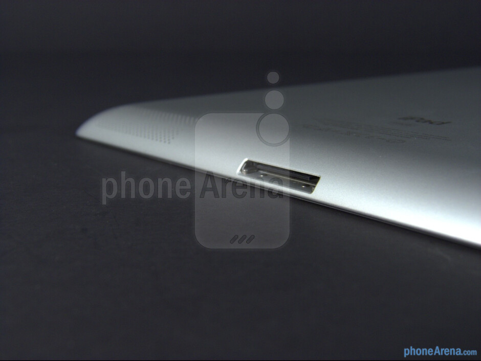 Connection port - The new iPad (3) Review