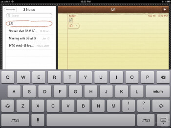 On-screen keyboard of the new iPad - Apple iPad 3 vs Motorola DROID XYBOARD 10.1