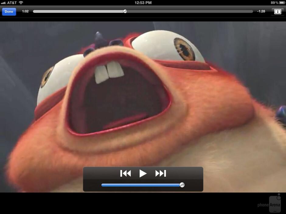 Watching videos on the Apple iPad 3 - Samsung Galaxy Note 10.1 vs Apple iPad 3