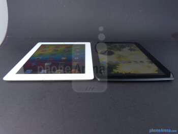 Apple iPad 3 vs Motorola DROID XYBOARD 10.1