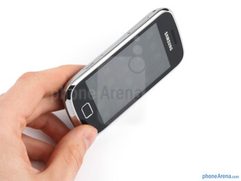 The Samsung Galaxy mini 2 looks presentable and feels properly built - Samsung Galaxy mini 2 Preview