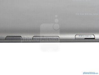 The top edge of the Samsung Galaxy Tab 2 (10.1) - Samsung Galaxy Tab 2 (10.1) Preview