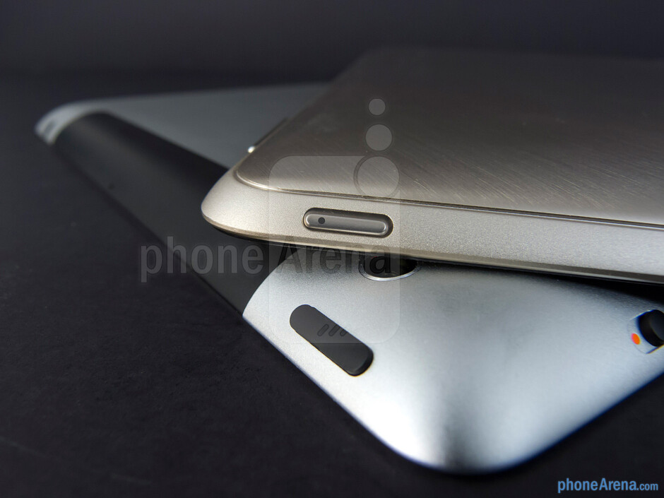 Power keys - Apple iPad 3 vs Asus Transformer Prime