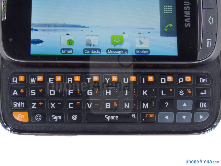 The four row QWERTY keyboard - Samsung Transform Ultra Review