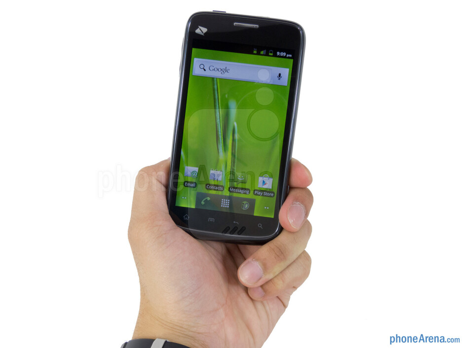 The ZTE Warp is extremely lightweight and form fitting in the hand - ZTE Warp Review