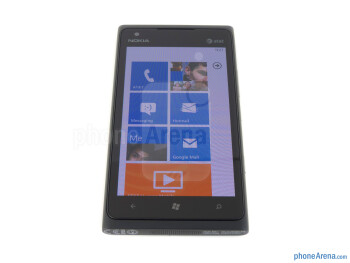 Viewing angles - Nokia Lumia 900 Review