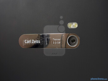 The 8-megapixel auto-focus camera - Nokia Lumia 900 Review