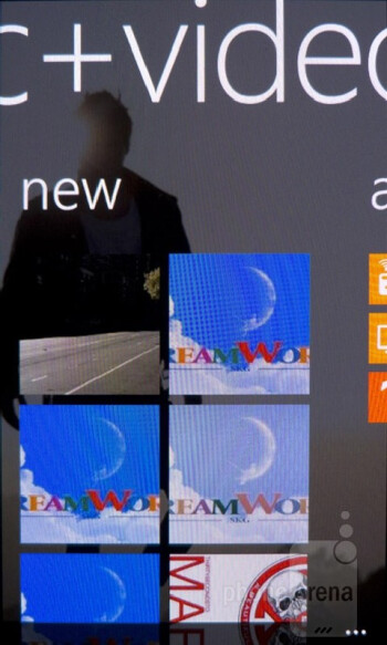 Zune - Nokia Lumia 900 Review