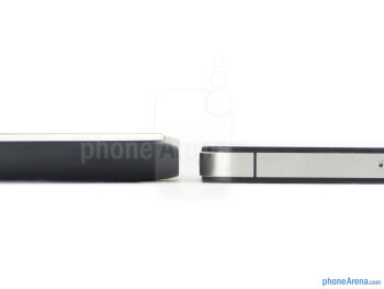 The Nokia Lumia 900 (left) and the Apple iPhone 4S (right) - Nokia Lumia 900 vs Apple iPhone 4S