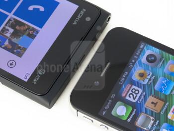 Front-facing cameras - Nokia Lumia 900 vs Apple iPhone 4S