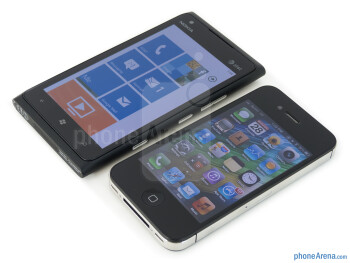 Nokia Lumia 900 vs Apple iPhone 4S