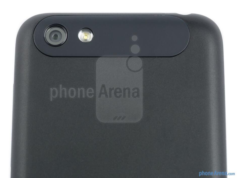 Camera - HTC One V Review