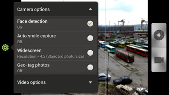 Camera interface of the HTC One S - HTC One S vs Apple iPhone 4S