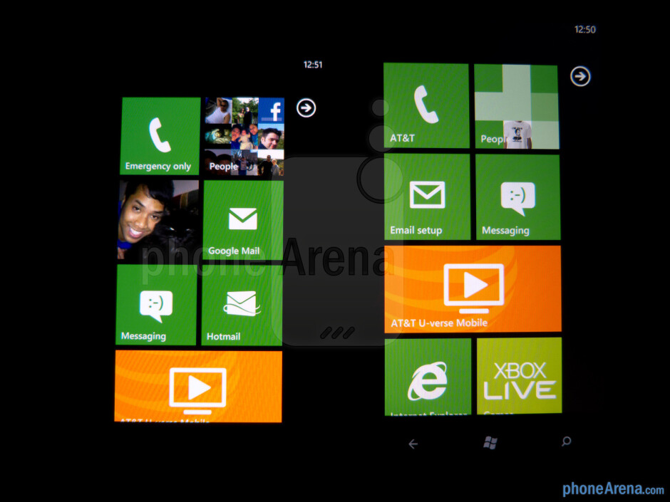 Viewing angles of the Nokia Lumia 900 (left) and the HTC Titan II (right) - Nokia Lumia 900 vs HTC Titan II