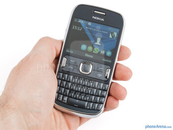 The Nokia Asha 302 is pleasant to look at - Nokia Asha 302 Review