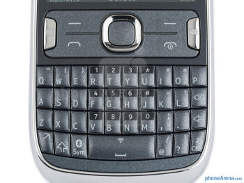 The physical QWERTY keyboard - Nokia Asha 302 Review