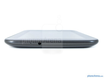 3.5mm jack (top) - The sides of the Samsung Galaxy Tab 2 (7.0) - Samsung Galaxy Tab 2 (7.0) Review