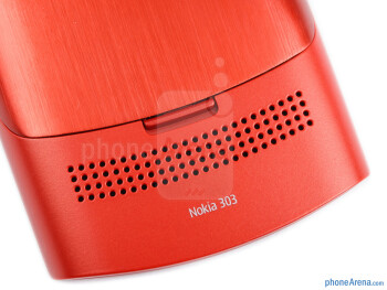 Speaker grill - Nokia Asha 303 Review