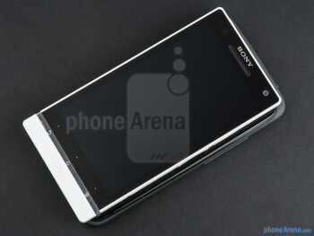 The HTC One X (left) and the Sony Xperia S (right, top) - HTC One X vs Sony Xperia S