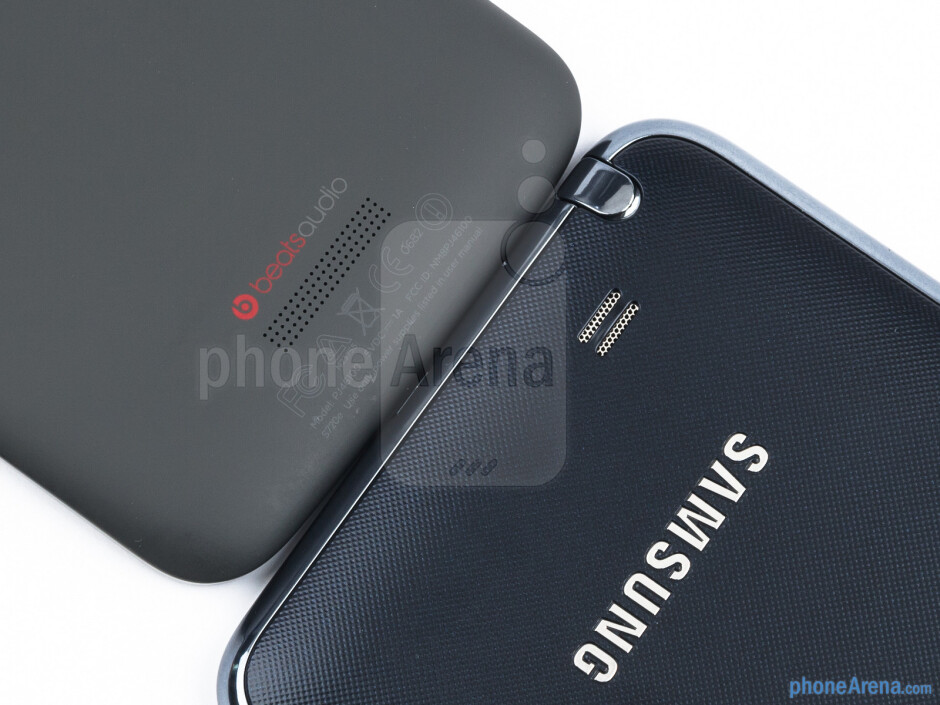 Speaker grills - The HTC One X (left) and the Samsung Galaxy Note (right) - HTC One X vs Samsung Galaxy Note