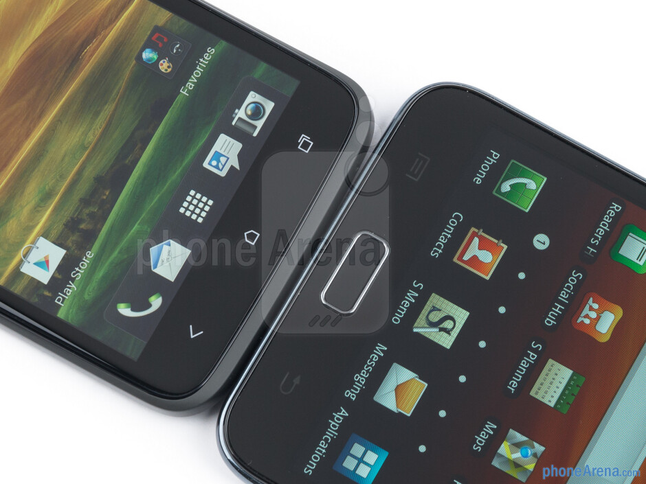 Android buttons - The HTC One X (left) and the Samsung Galaxy Note (right) - HTC One X vs Samsung Galaxy Note
