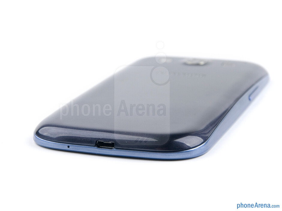 microUSB port (bottom) - The sides of the Samsung Galaxy S III - Samsung Galaxy S III Preview