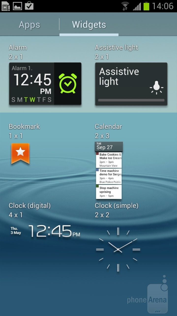 The Samsung Galaxy S III comes with TouchWiz Nature UX on top of Android 4 ICS - Samsung Galaxy S III vs HTC EVO 4G LTE