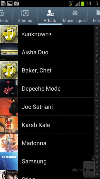 The built-in music player of the Samsung Galaxy S III - Samsung Galaxy Note II vs Galaxy S III
