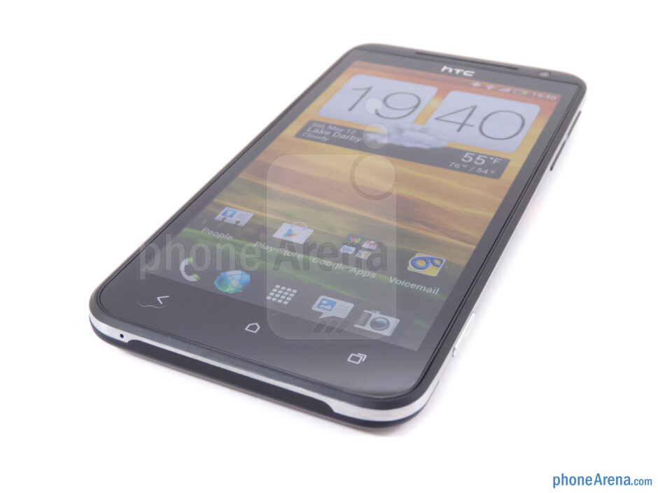 """The 4.7"""" Super LCD 2 HD display is beautiful - HTC EVO 4G LTE Review"""