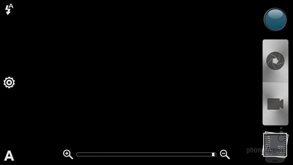 Camera interface of the HTC EVO 4G LTE - Samsung Galaxy S III vs HTC EVO 4G LTE