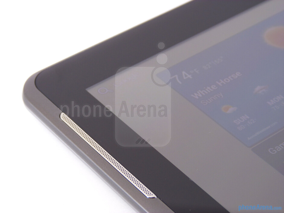Speaker on the left edge - Samsung Galaxy Tab 2 (10.1) Review