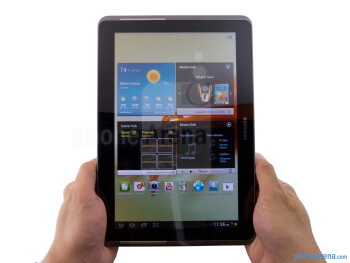 The Samsung Galaxy Tab 2 (10.1) sports a sturdy all-plastic build - Samsung Galaxy Tab 2 (10.1) Review