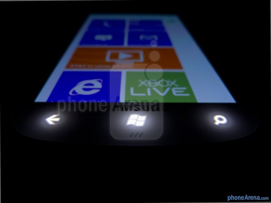 Windows Phone buttons - Samsung Focus 2 Review