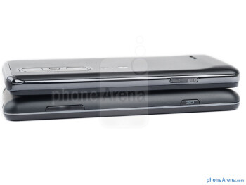 Right side - The sides of LG Optimus 3D MAX (top) and the LG Optimus 3D (bottom) - LG Optimus 3D MAX Review