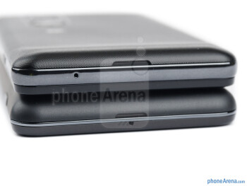 Bottom - The sides of LG Optimus 3D MAX (top) and the LG Optimus 3D (bottom) - LG Optimus 3D MAX Review