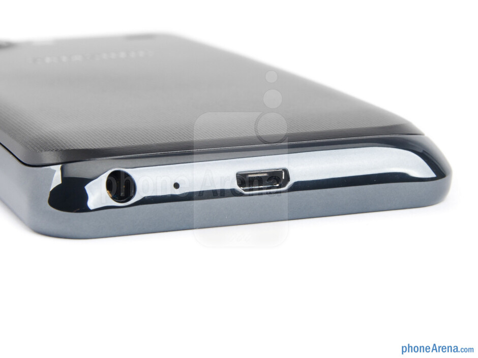 3.5mm jack and microUSB port (bottom) - The sides of the Samsung Galaxy S Advance - Samsung Galaxy S Advance Review