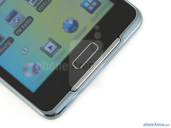 Android buttons and speaker - Samsung Galaxy Player 4.2 Review