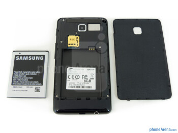 Battery compartment - Samsung Galaxy Player 4.2 Review