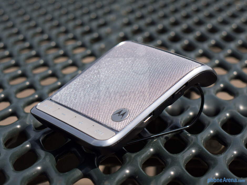 The Motorola Roadster 2 is solid with its overall build quality - Motorola Roadster 2 Review