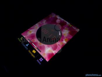 "The 2.8"" QVGA display - Pantech Swift Review"