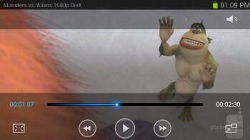 Watching video on the Samsung Galaxy S III - HTC DROID DNA vs Samsung Galaxy S III