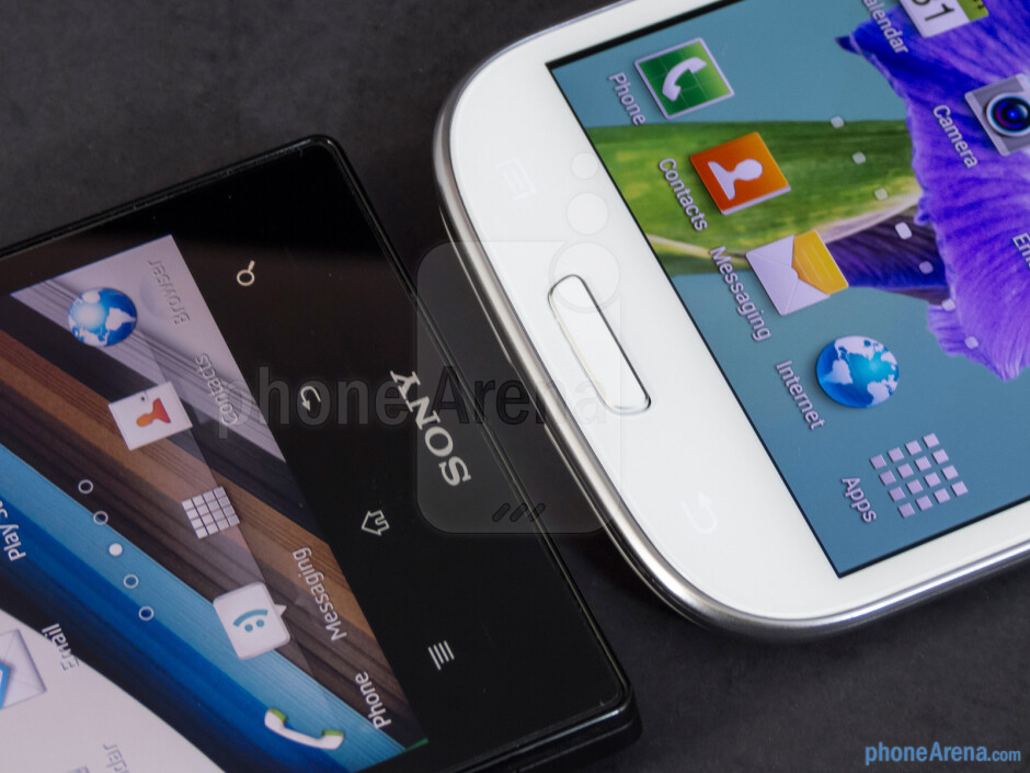 Android buttons - The Sony Xperia ion (left) and the Samsung Galaxy S III (right) - Sony Xperia ion vs Samsung Galaxy S III