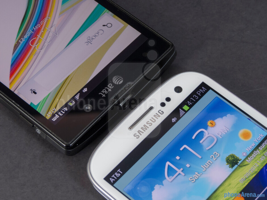 Front-facing cameras - The Sony Xperia ion (left) and the Samsung Galaxy S III (right) - Sony Xperia ion vs Samsung Galaxy S III