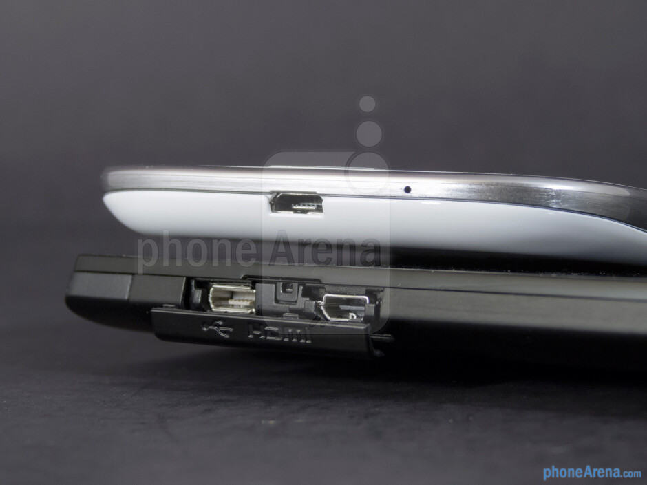 Ports - The Sony Xperia ion (left, bottom) and the Samsung Galaxy S III (right, top) - Sony Xperia ion vs Samsung Galaxy S III