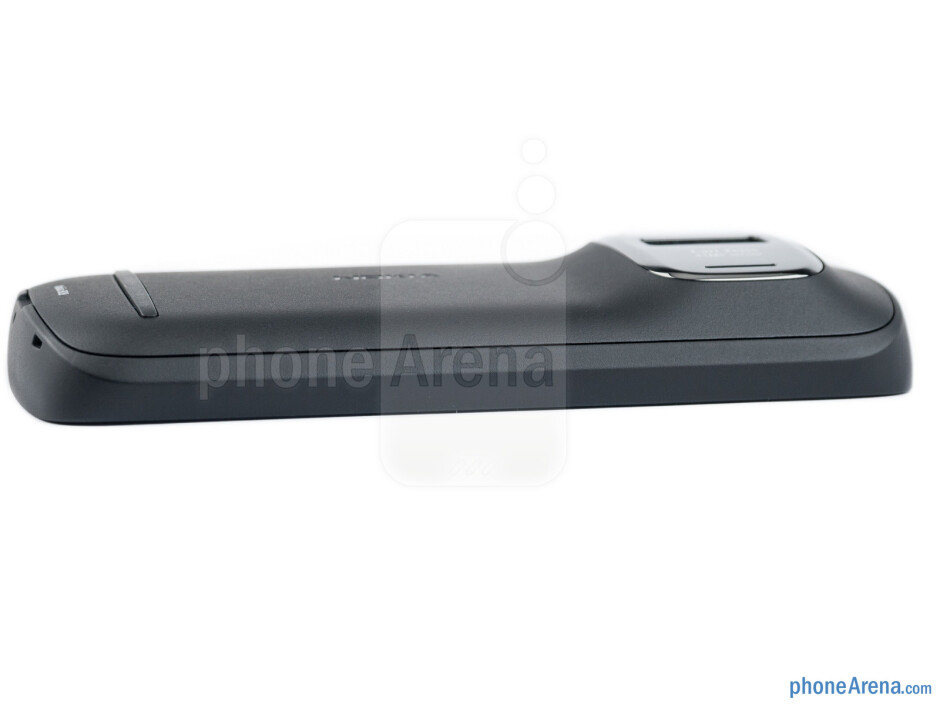 Left side - Nokia 808 PureView Review
