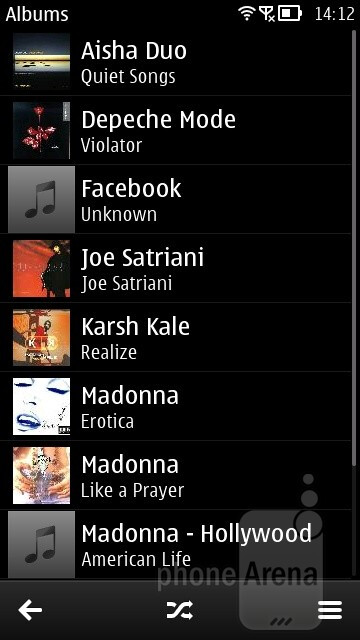 The music player is pretty good looking - Nokia 808 PureView Review